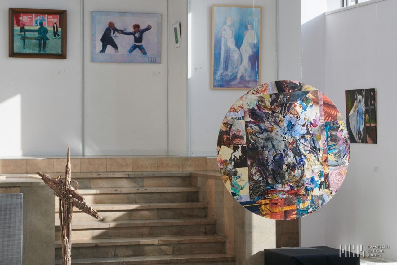 """""""Inklinacje"""" – wystawa zbiorowa 05-07-21"""